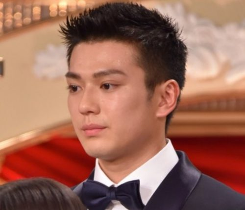 真剣佑さんご自身のInstagramで日本アカデミー賞新人俳優賞を受賞したことを報告されました(^,^)